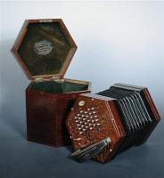 H0328-L25393549 concertina nova.jpg